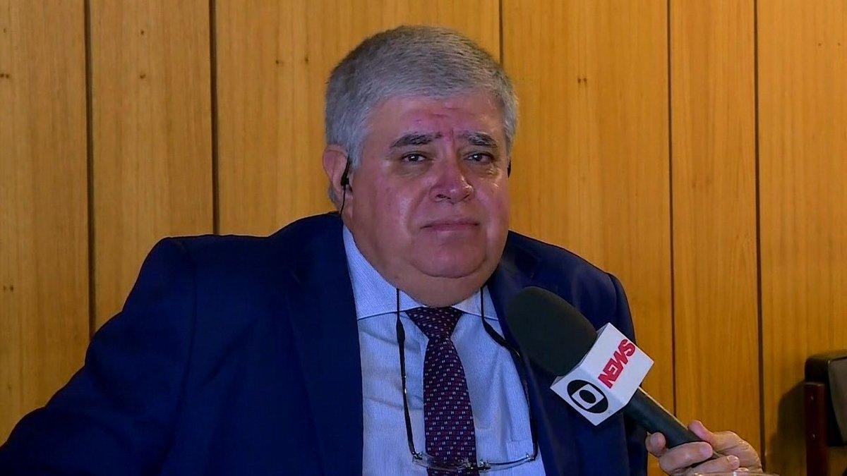 'Não admito que o governo Temer errou', diz ministro sobre negociação com caminhoneiros https://t.co/JkABkiTXqA #greve #G1