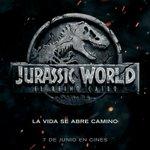 #SORTEO   ¡3 packs de regalos de #JurassicWorld #ElReinoCaído incluyen una gorra y un maletín!    📣¿CÓMO PARTICIPAR?  📣  - ✅RT a este tuit.   - ✅SÍGUENOS @neppcinefilos   BASES https://t.co/TnaON1kADn FIN 10/06/2018 23:59h  #FallenKingdom