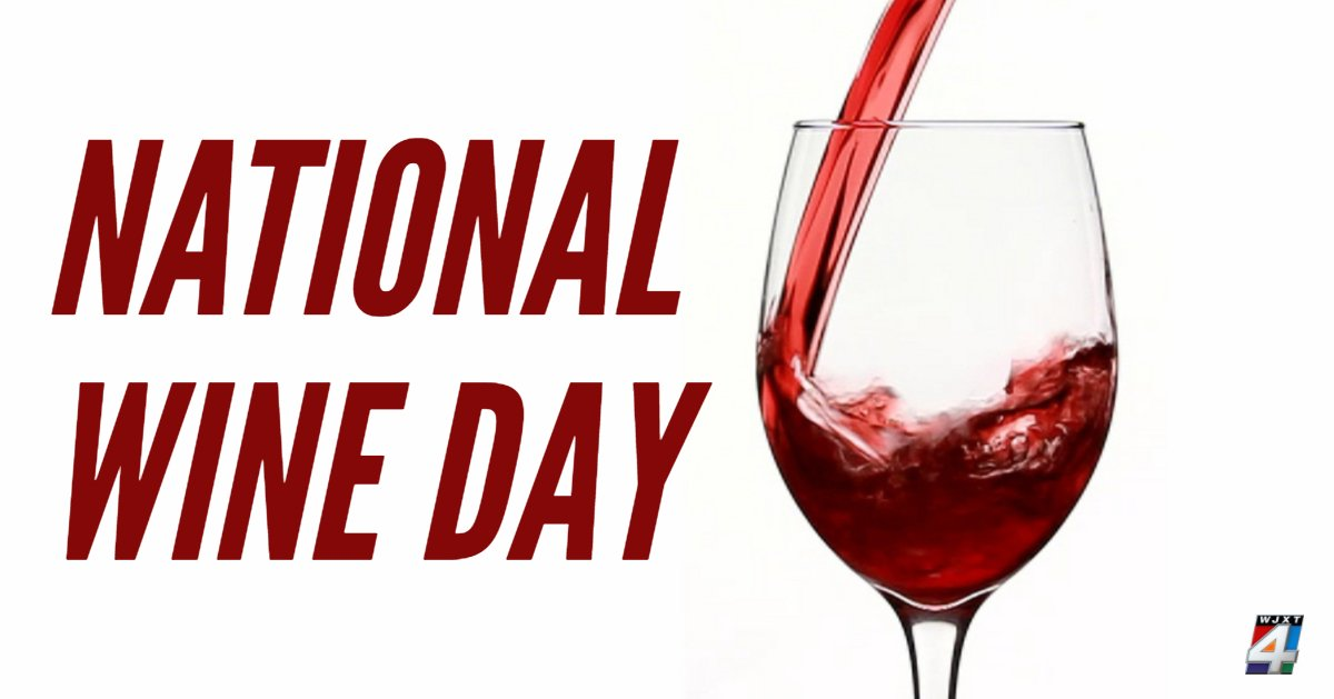 Today is #NationalWineDay AND Friday?!🍷 #Score https://t.co/liy3ZkuwoH
