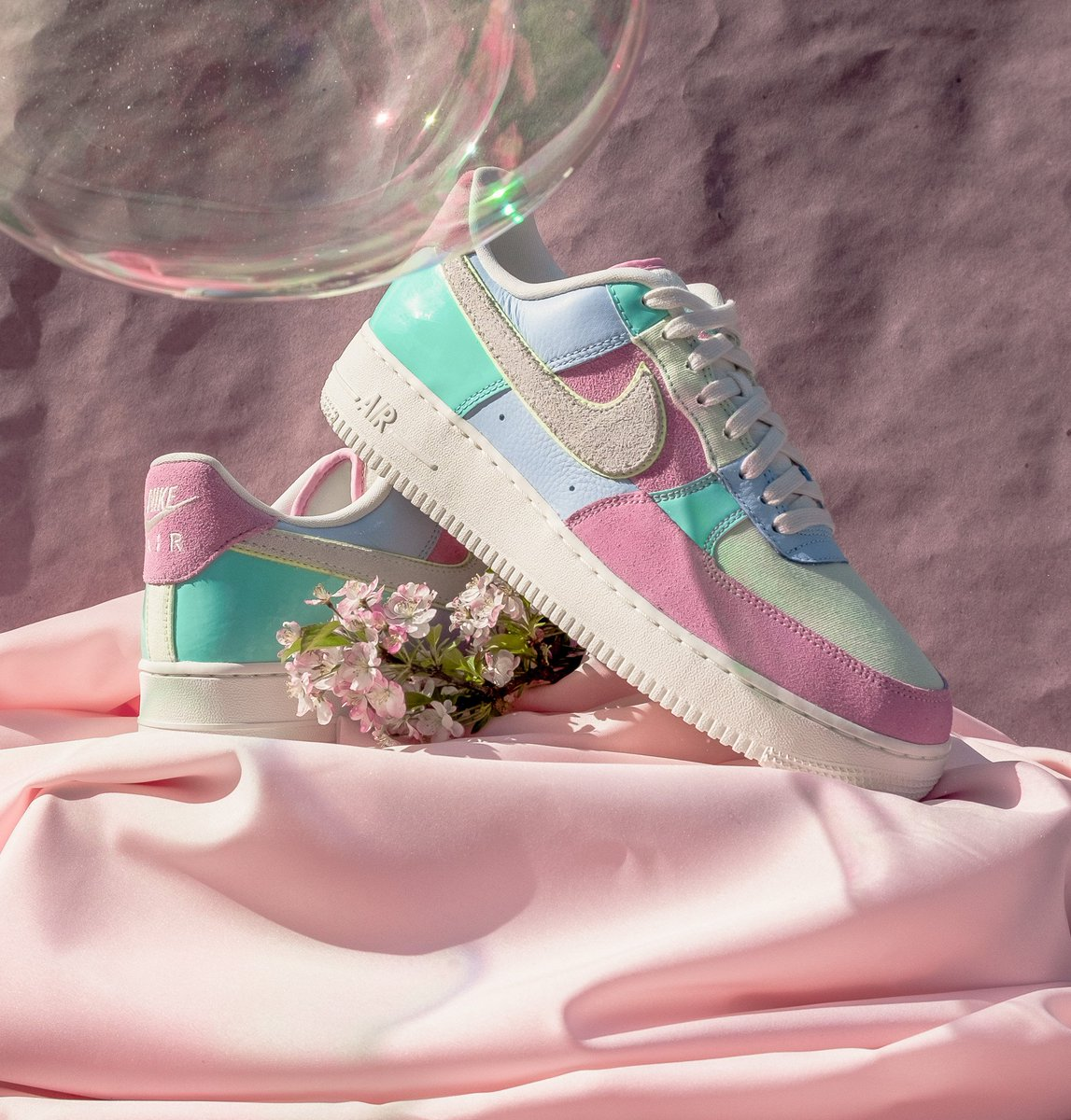 best service b4746 006a8 Nike Air Force 1 07 QS  Easter  in Ice Blue Sail. Available now on  http   notreshop.com https   www.notre-shop.com collections nike  …pic.twitter.com  ...