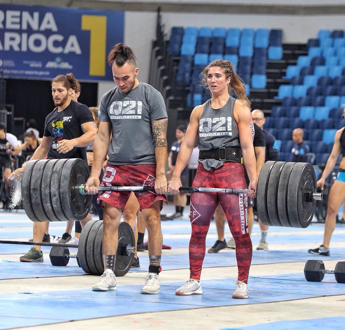 Crossfit Q21 usou seus atletas mais pesados para ganhar vantagem n @AssaultAirBikea  e batalharam até o final nos deadlifts para avançar o máximo no evento. Aqui estão os ganhadores.