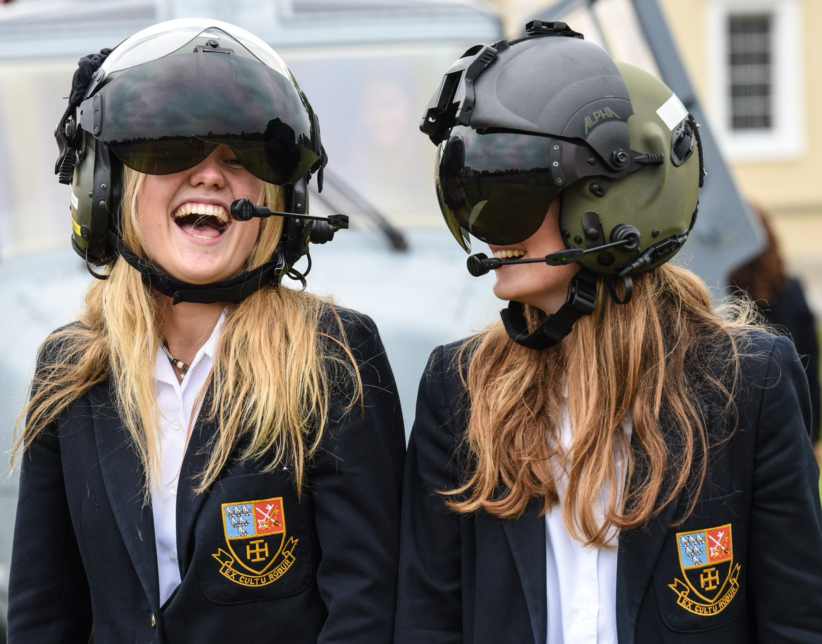 Thanks to everyone who attended yesterdays STEM event who made it a great success. From our industry partners to all the colleges/schools, thank you! #BritishArmy #YearOfEngineering