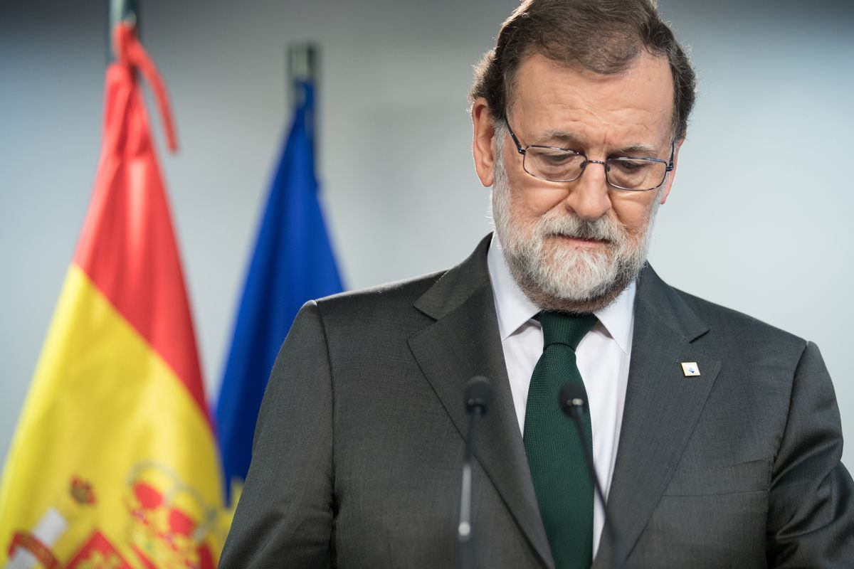 Spain's key party is ready to back a no-confidence vote against Prime Minister Mariano Rajoy - unless he calls a snap election https://t.co/TJvsUXfJ4T