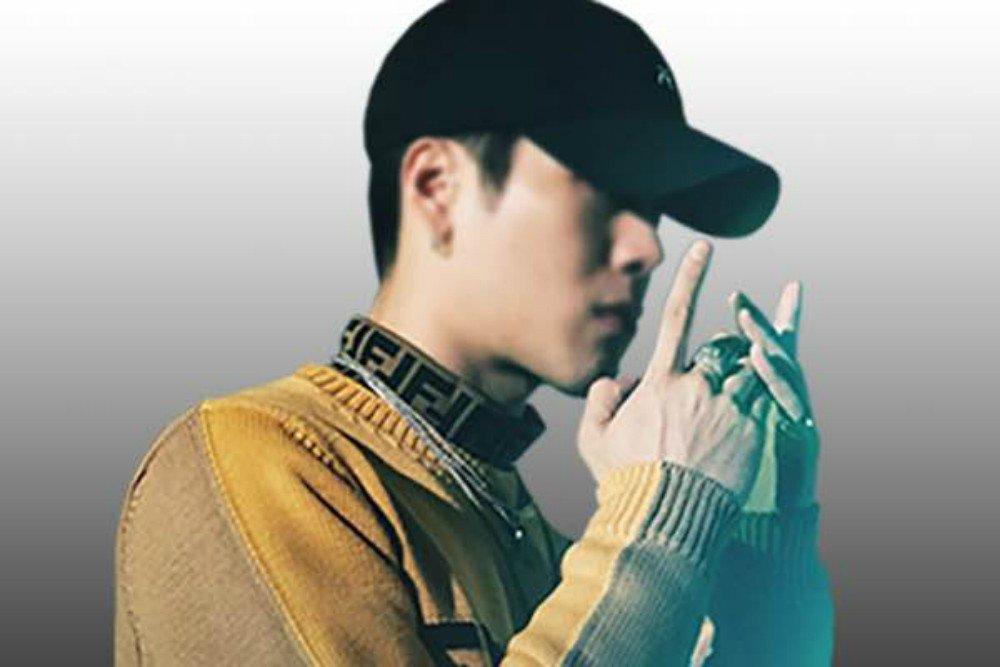 Jackson grabs #1 spot on iTunes US Pop Chart with 'Fendiman' https://t.co/454btwlZgx