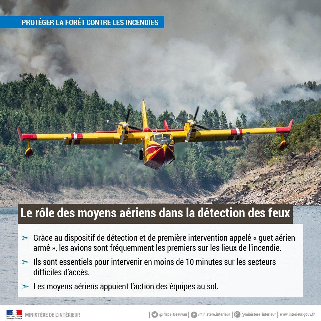 🌲🔥 Lutte contre le #feuxs  de forêts : l'action des équipes au sol s'appuie sur des moyens aériens conséquents : 23 avions bombardiers d'eau, 3 avions de liaison et de coordination et plusieurs hélicoptères