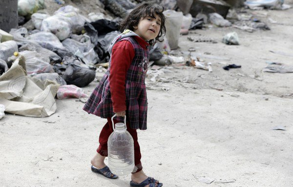 After seven years of war, millions of syrians live without water, electricity or public services... #Syria<br>http://pic.twitter.com/KFetVWUyEK