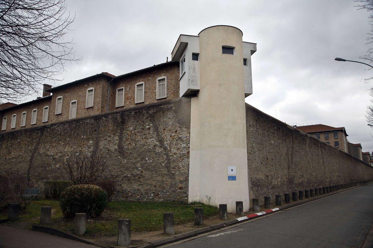Nouveau record de détenus dans les prisons françaises >> https://t.co/09YeVEKA96