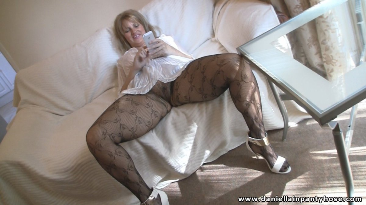 to-offer-lesbian-pantyhose-material