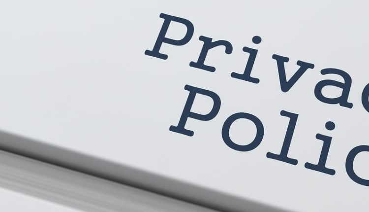 We have updated our #PrivacyPolicy please click here to listen  https:// castbox.fm/channel/Cave-C rew-Radio-id1024766?country=us &nbsp; …  #PodernFamily #FridayFeeling #CarbDay<br>http://pic.twitter.com/bkDu0Are3z
