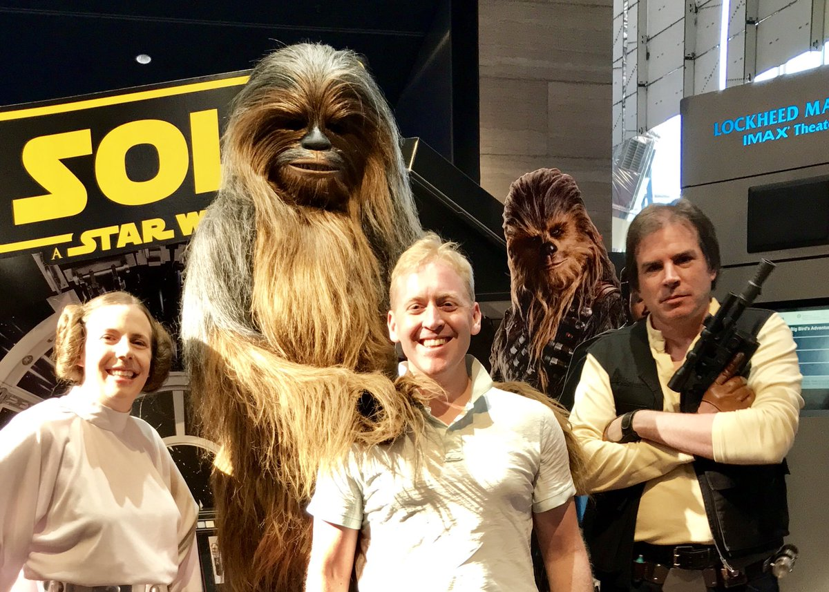 35 years ago my Dad took me to see Return of the Jedi for my birthday. Tonight: #SoloAStarWarsStory at the @SmithsonianIMAX in DC. Punch it!
