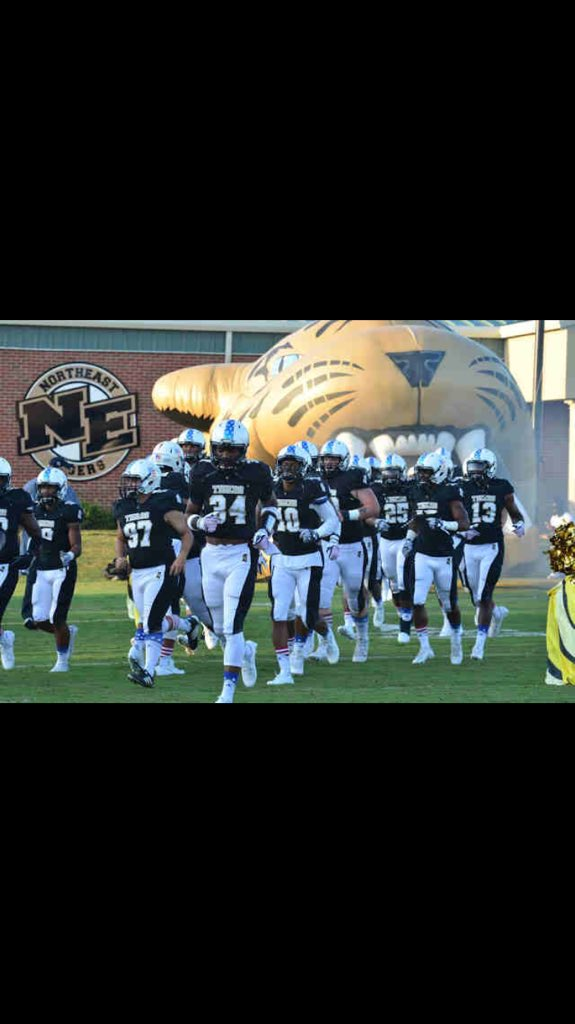 Honored to have received an offer from Northeast Mississippi Community College! #gotigers  @the_coach_jones @NEtigerfootball<br>http://pic.twitter.com/DpkO5p5IET
