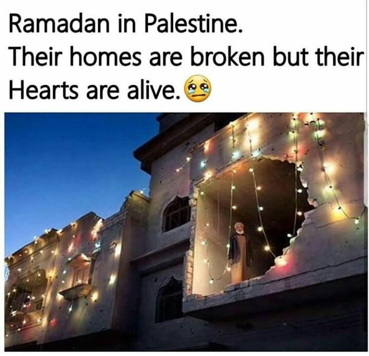 Arif broke his fast to help save a life.  Second picture present a destroyed home lighten up in the spirit n celebration of holy #Ramazan   In #Syria &quot;their homes are broken but their hearts are alive.   #رمضان_كريم   #Syria  #Islam<br>http://pic.twitter.com/8f19fq71O9
