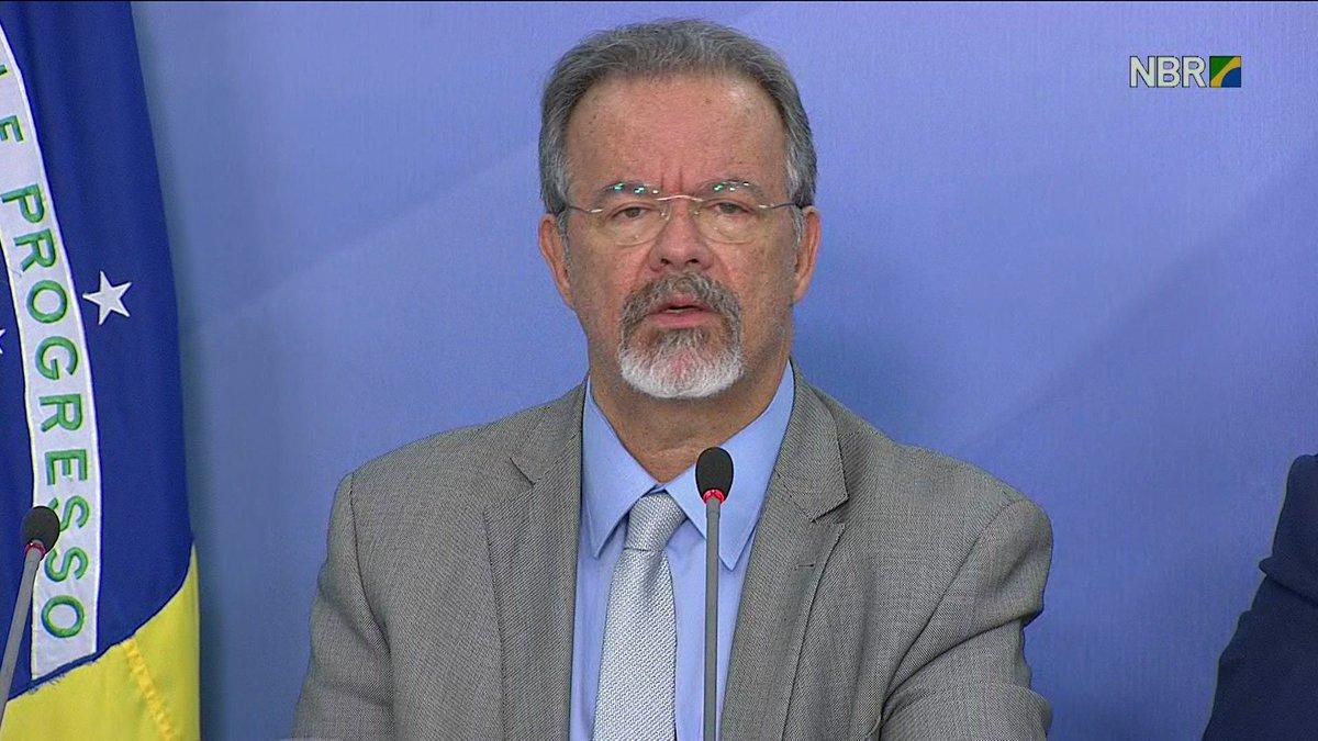 Quase 45% dos pontos de interdição em rodovias já foram liberados, diz ministro da Segurança Pública, Raul Jungmann: https://t.co/quQxMV5Stn #GloboNews