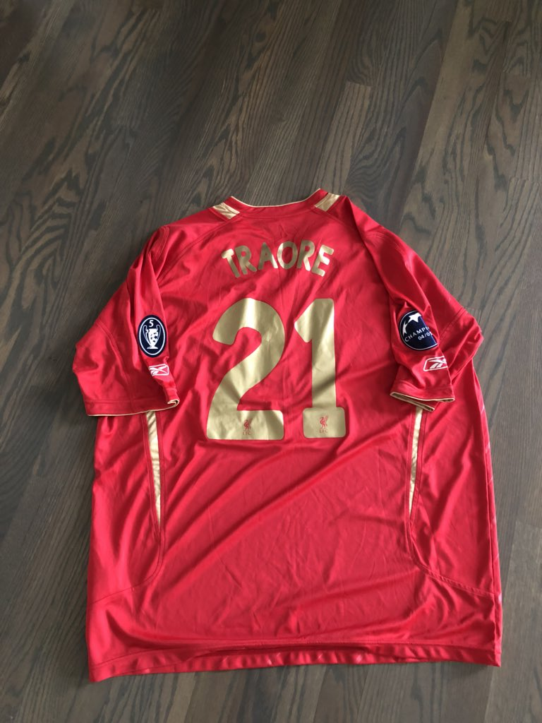 If Liverpool win  Champions league I give away my jersey.Follow me &amp; RT for a chance to win Liverpool champions league jerseys  I will pick the winners after final #YNWA<br>http://pic.twitter.com/fd9WyZiI4Z