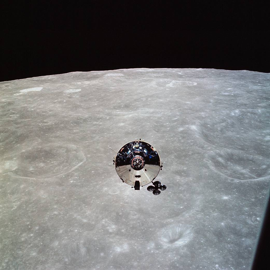 #OnThisDay in 1969, Apollo 10 returned to Earth after a successful eight-day test of all the components needed for the forthcoming first manned Moon landing, splashing down in the Pacific Ocean.  Pic of the Apollo 10 command module as seen from the lunar module. Credit: NASA