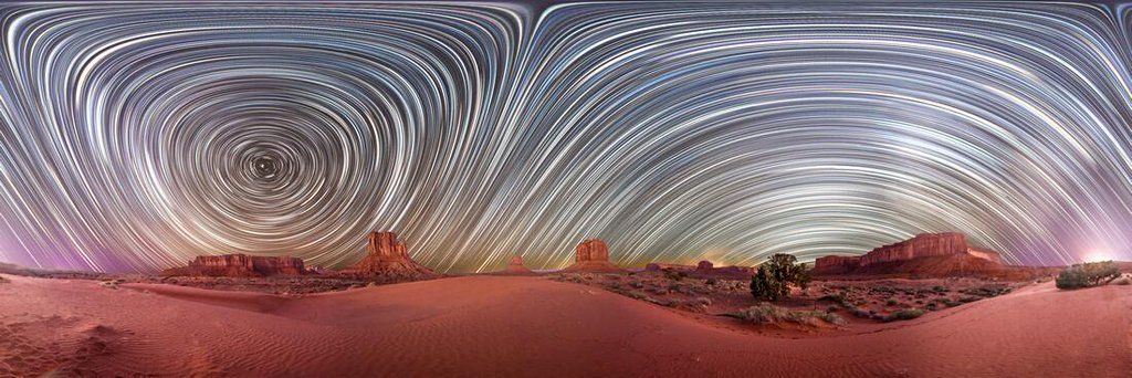 #Space: 360° #startrail panorama of #MonumentValley. #GoodMorning! https://t.co/MB1F46VRCg by Vincent Brady