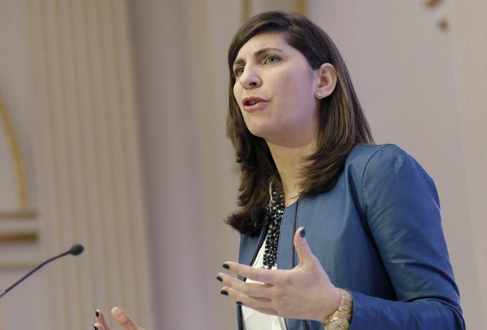 ニューヨーク証券取引所、226年の歴史で初の女性トップ - Bloomberg https://t.co/MkbvXcjKbA  NY証取社長にカニンガム氏(43) 226年で初の女性トップ: 日経 https://t.co/Qyt2mxamZZ  女性の経営トップ登用では米ナスダックが先行。17年1月にアディナ・フリードマン氏がCEOに就任している。