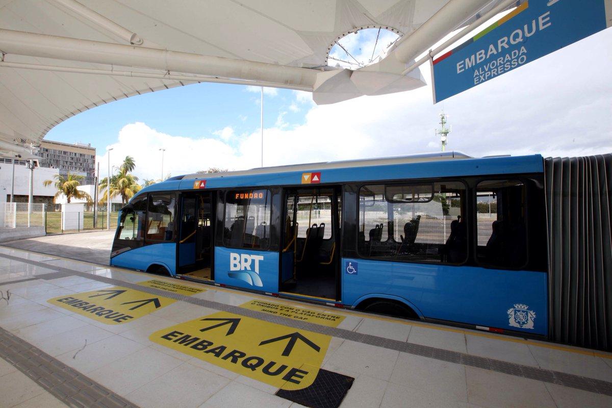 PM do Rio vai escoltar caminhões-tanques para abastecer BRT. https://t.co/H3V7LvGy8Q  📷Divulgação/Prefeitura Rio