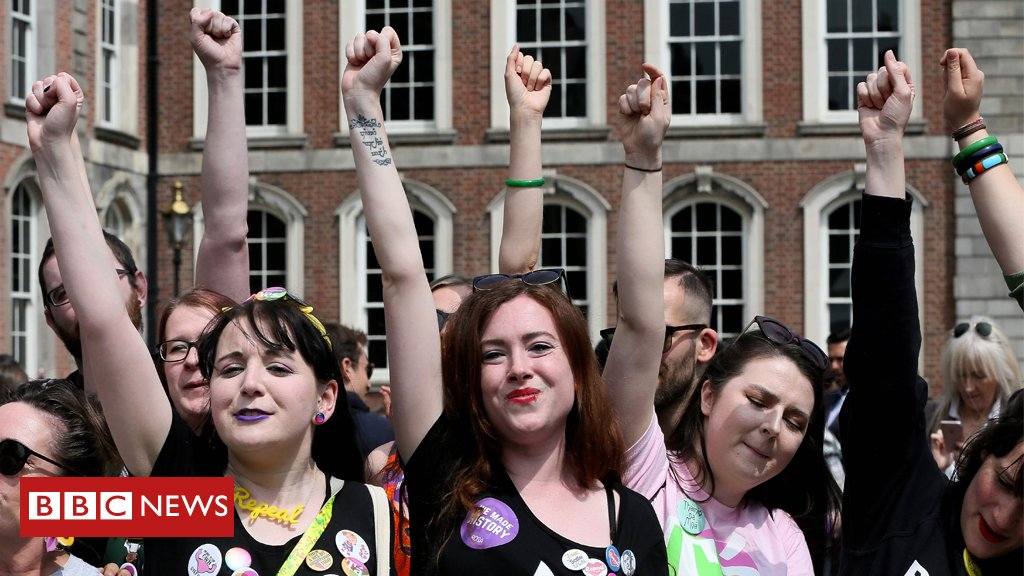 Official result: Republic of Ireland votes resoundingly to overturn abortion ban with voters backing reform of constitution https://t.co/urPAqRybLz