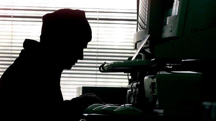Ciberataques en Chile: Por qué los hackers además de bancos también tienen como objetivos a servicios industriales y de Salud https://t.co/v4WE12xMaJ