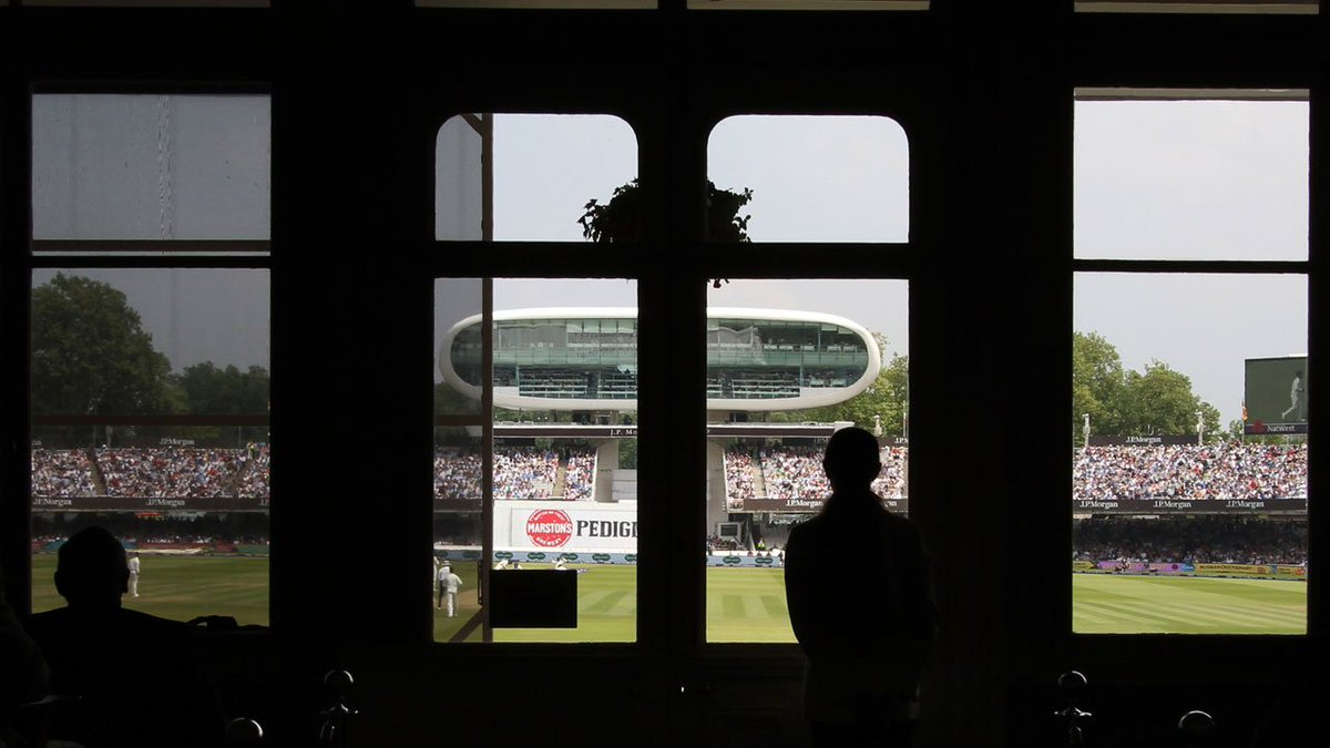 📸 It's safe to say that plenty of action has been viewed from the Long Room this afternoon!  #LoveLords #ENGvPAK