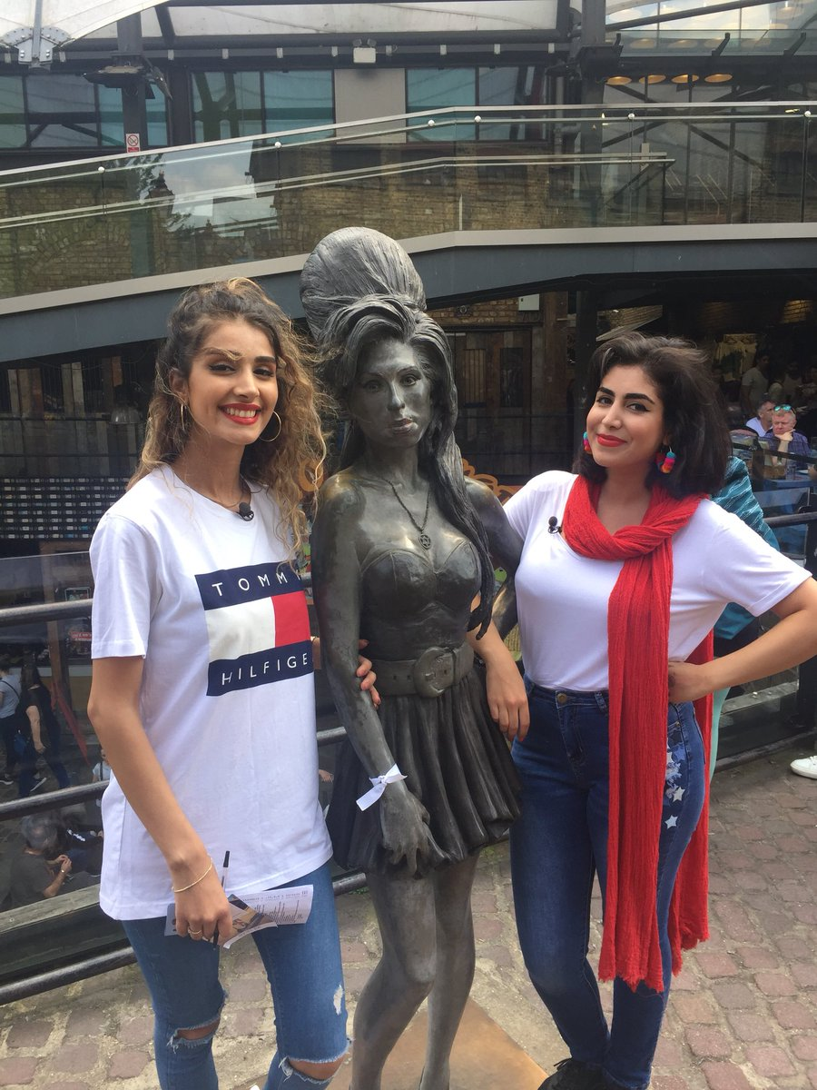 """Amy Winehouse Nua ✨lola✨ ar twitter: """"find statue of amy winehouse 5 pts"""