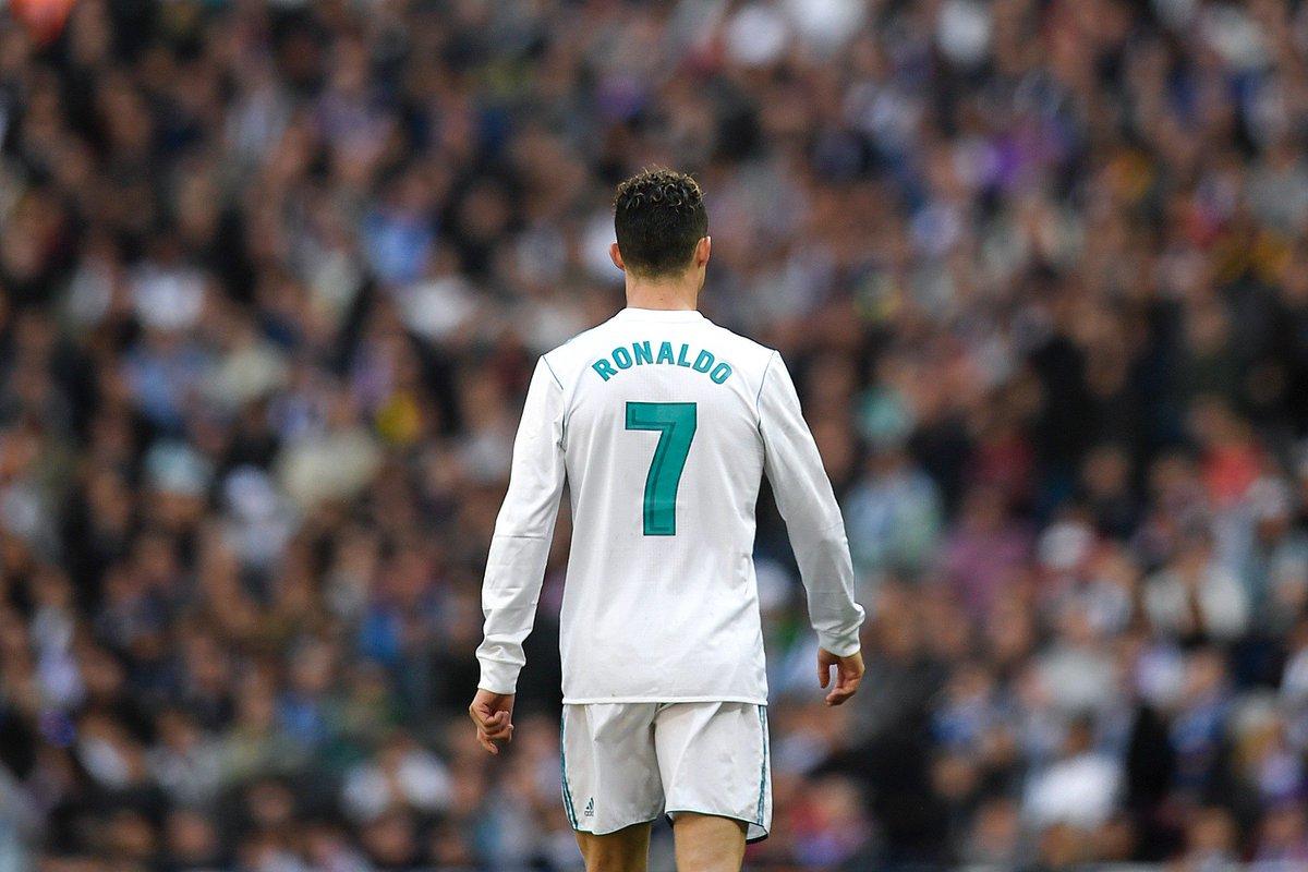 EN DIRECT - Real Madrid-Liverpool : les équipes de départ sont connues #RMALIV > https://t.co/jjh2Hx4BF0