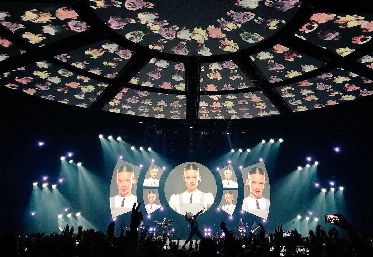 #13Tour #IndochineAmneville : album photos du concert d'hier soir au @GALAXIE57 ➡️ https://t.co/36DY9yjkaO  📷 @JabrinMathilde