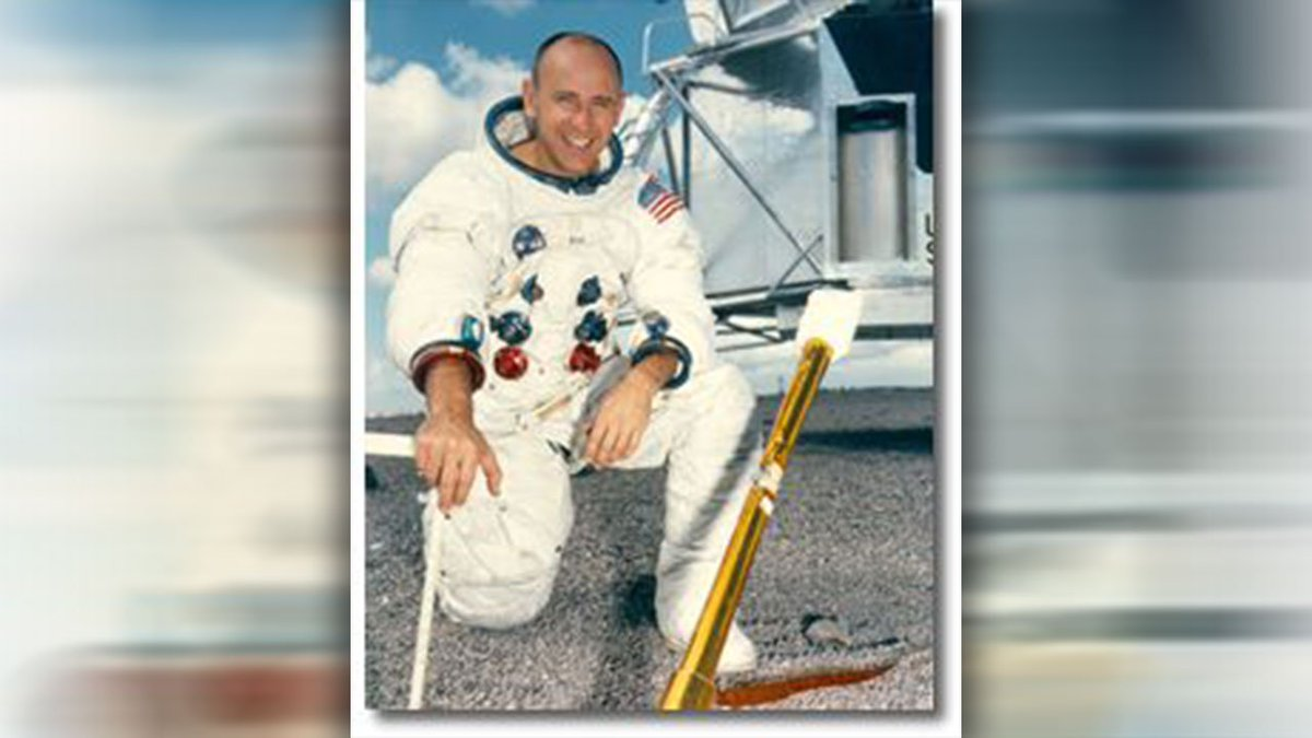 #BREAKING Astronaut Alan Bean, 4th human to walk on moon, has died, .@NASA announced https://t.co/E85UNf8UfK #KPRC2
