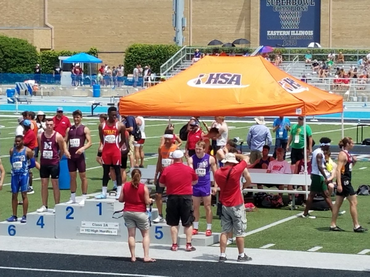 Jared getting his 7th place medal!<br>http://pic.twitter.com/EkB1Xf2V5X