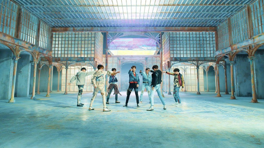 #BTS' 'Fake Love' becomes the fastest K-Pop group MV to reach 100 million views https://t.co/EDb3HBplQS