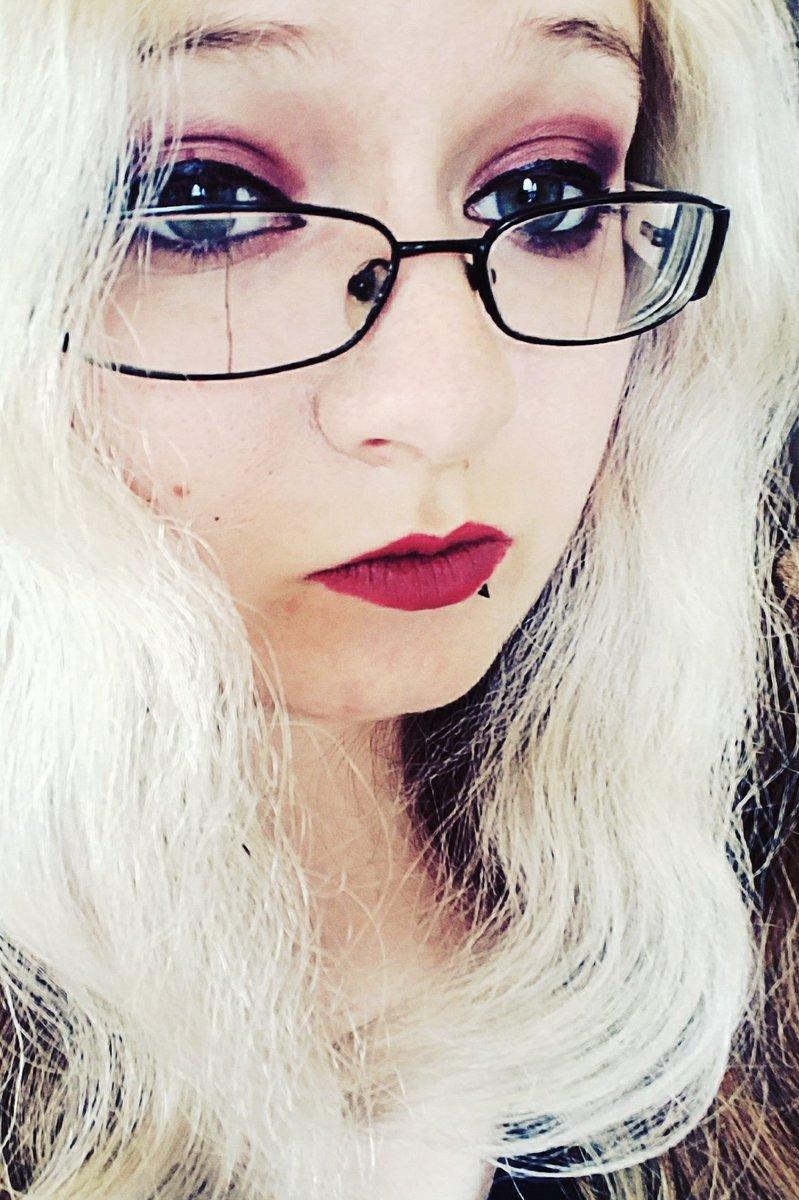 Nikki The Book Nerd (@BookNerdNikki) | Twitter