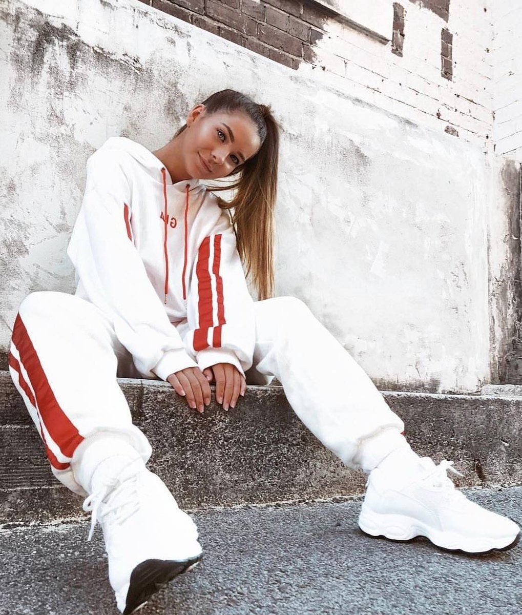 Image for Casual VIBES with our girl lexiesahara 🔥  Style: JAYDEN   SHOP HERE 👉🏽 https://t.co/5GRivEzuru https://t.co/vRnLfYrQgj