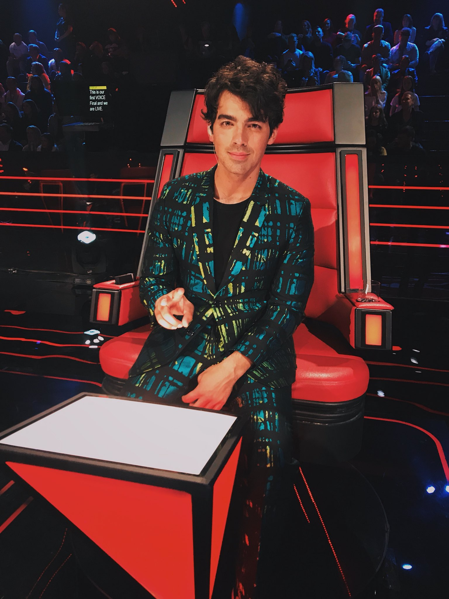 Back in the red chair tonight at 7pm for @TheVoiceAU!! #TeamJoe is bringing ������ tonight https://t.co/LTaUvkCnKB
