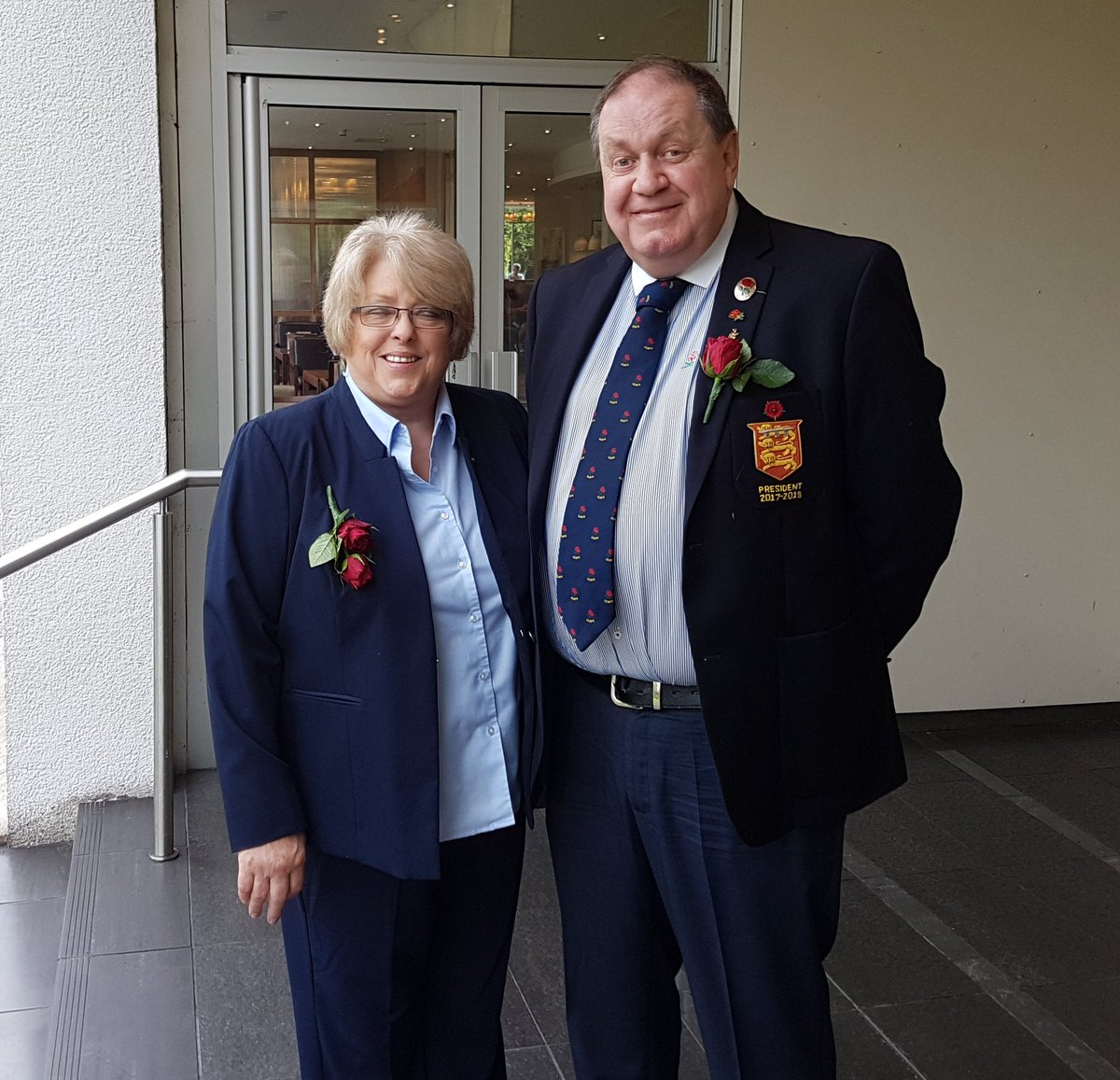 Mr. President and his good lady on route to the @lancashirerugby Team Hotel for the match shirt presentation. #ohlankylanky #bbcup #rochdaleroyalty<br>http://pic.twitter.com/Jsdtx1Yf7e