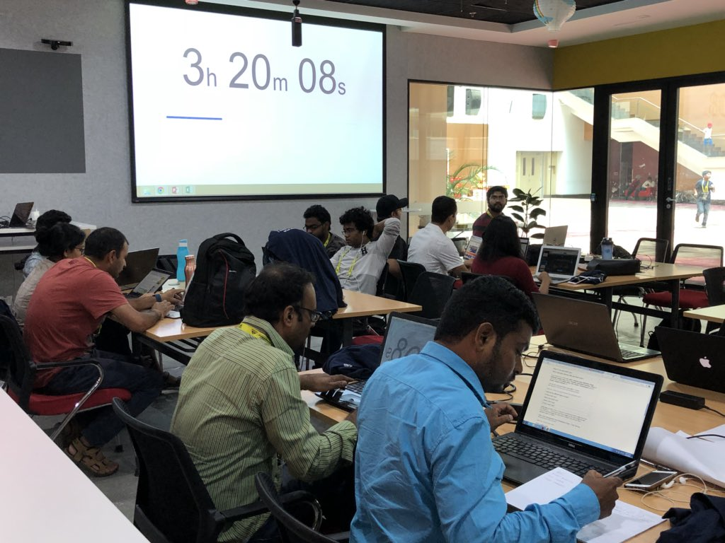 Final Day! All the teams are preparing for their pitches and getting their prototypes ready! #SWHyd<br>http://pic.twitter.com/ci6Ff2OPWI