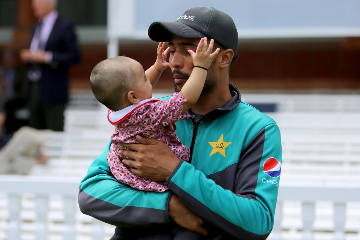 📸 @iamamirofficial celebrates today's victory at Lord's with his daughter.  #LoveLords