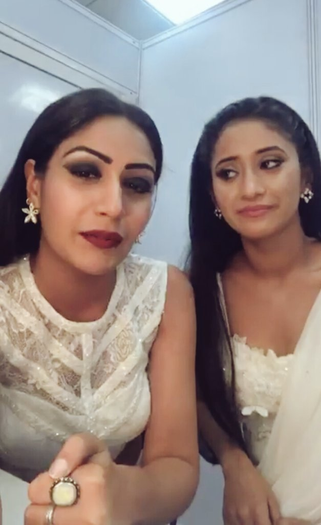Caps from Queeny's Live |☆  Ya'll #SuShi are precious. Proteccc  Bless this beautiful bond that you guys share @SurbhiChandna @shivangijoshi10  #yrkk #Ishqbaaaz <br>http://pic.twitter.com/0hXuhuDOtK