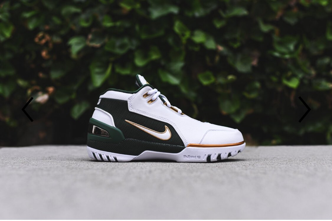 """d4925a8e8abaf Got a few pairs of the LeBron 1 Air Zoom Generation """"SVSM"""" Retro!"""