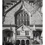 Image for the Tweet beginning: Church Manhattan.  12 frames