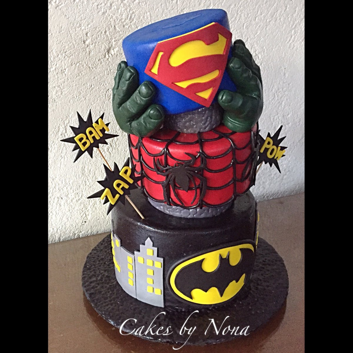 Cakesbynona On Twitter Super Heroes Themed Bday Cake Superheroes