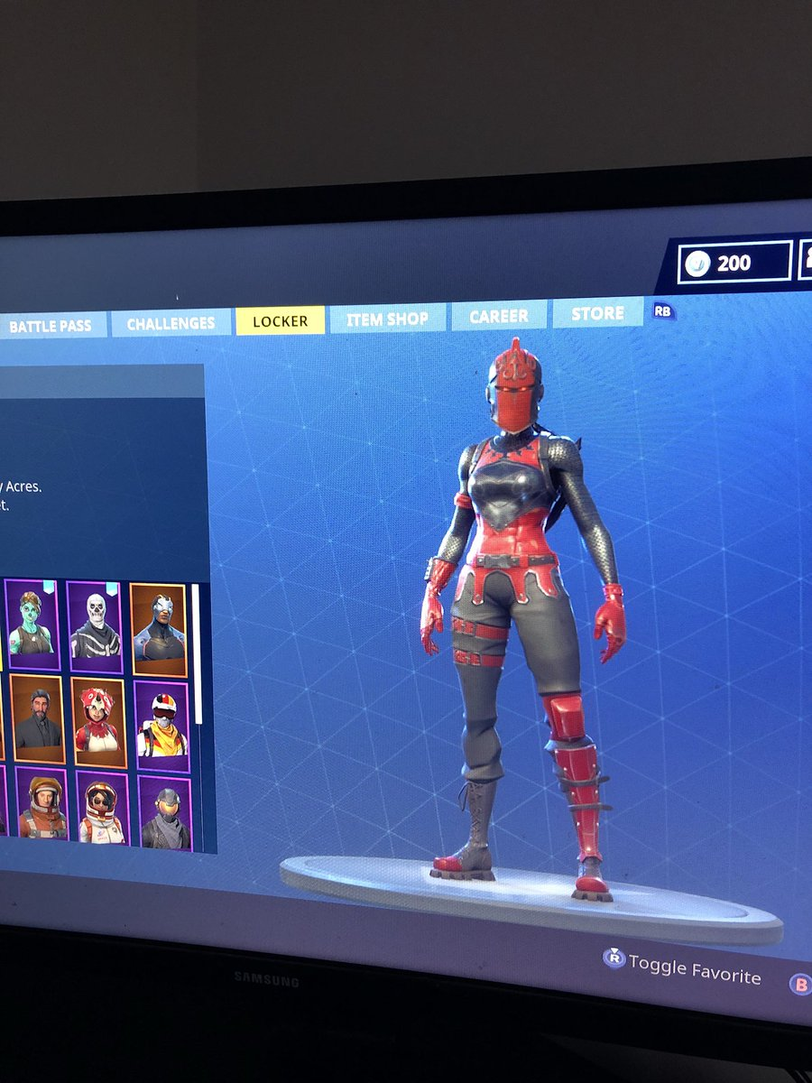 R On Twitter Selling My Fortnite Account With Skull Trooperred