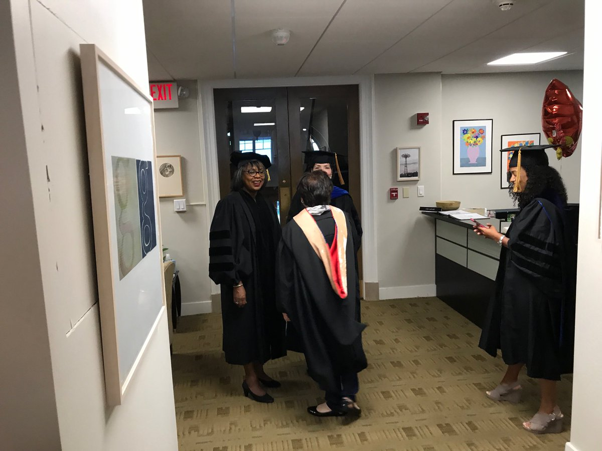 test Twitter Media - Getting ready for #commencement with #AnitaHill @wesleyan_u #Wes2018 https://t.co/1B9H162imw