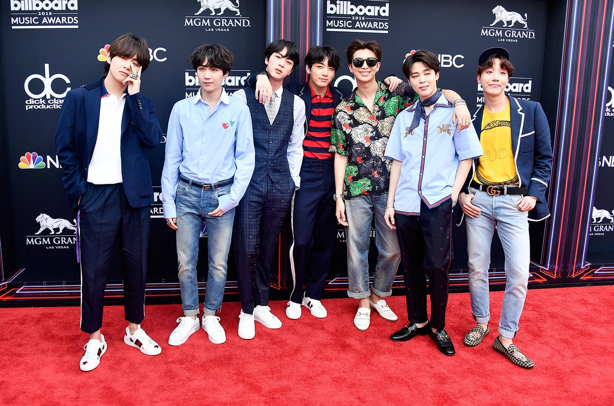 BTS earns first No. 1 album on Billboard 200 chart with 'Love Yourself: Tear' https://t.co/zNug6vsUH0