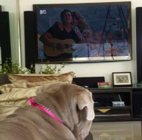 OMG! MyLove watching the song #selfish... haaahaa