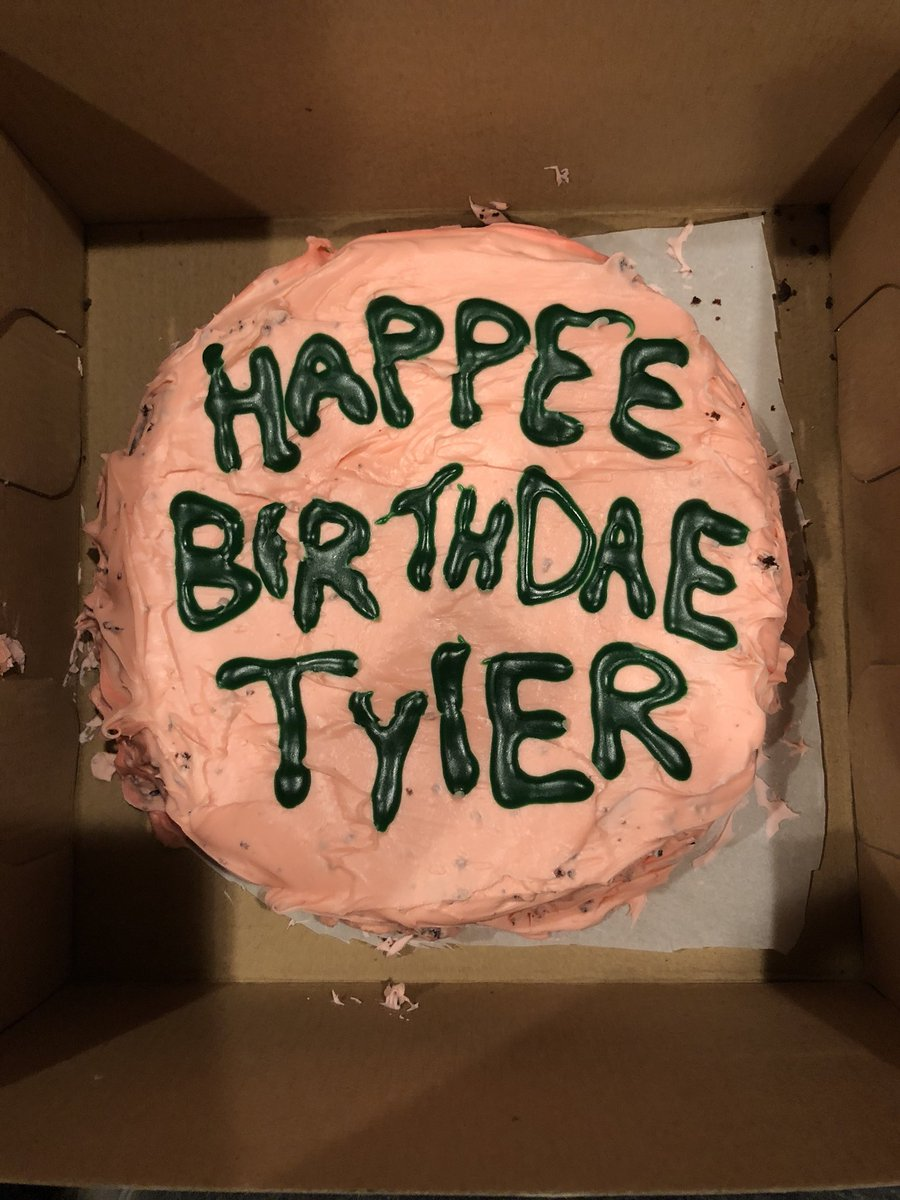 Itsjustmebro On Twitter Sooo My Bf Made Me A Birthday Cake