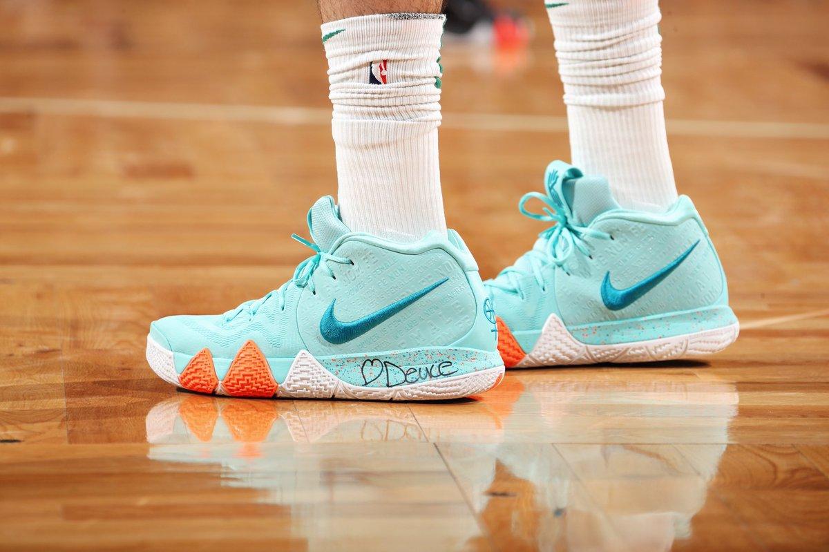 "8b2c4c6928c jaytatum0 wearing the Nike Kyrie 4 ""Power Is Female"" in Game 7pic.twitter .com vLR48CG84U"