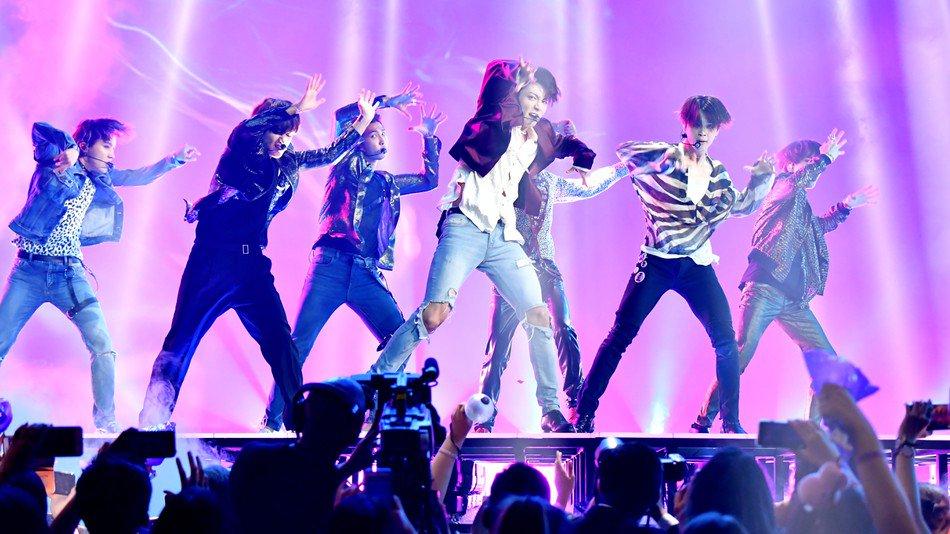 K-pop group BTS just smashed another world-first https://t.co/jQKZP86PFu