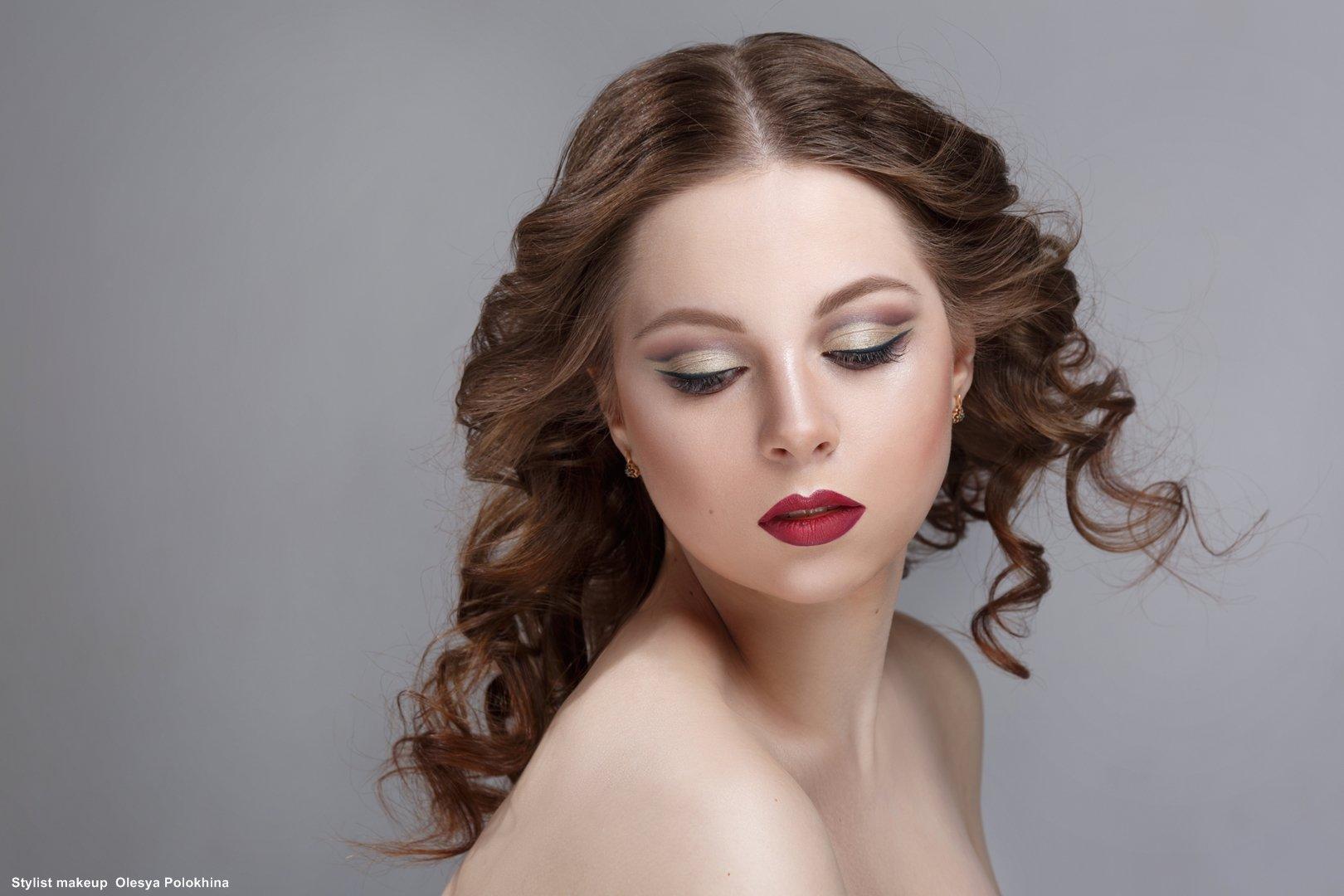 студийная фотосессия с макияжем и прической спб