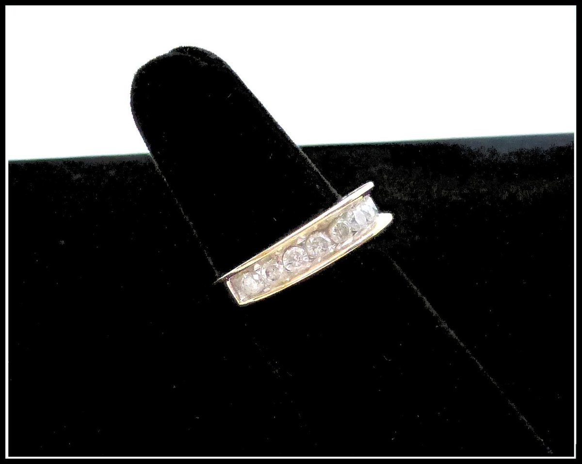 Marlo On Twitter Diamond Ring 14kg Yellow Gold Size 6 1 2 1
